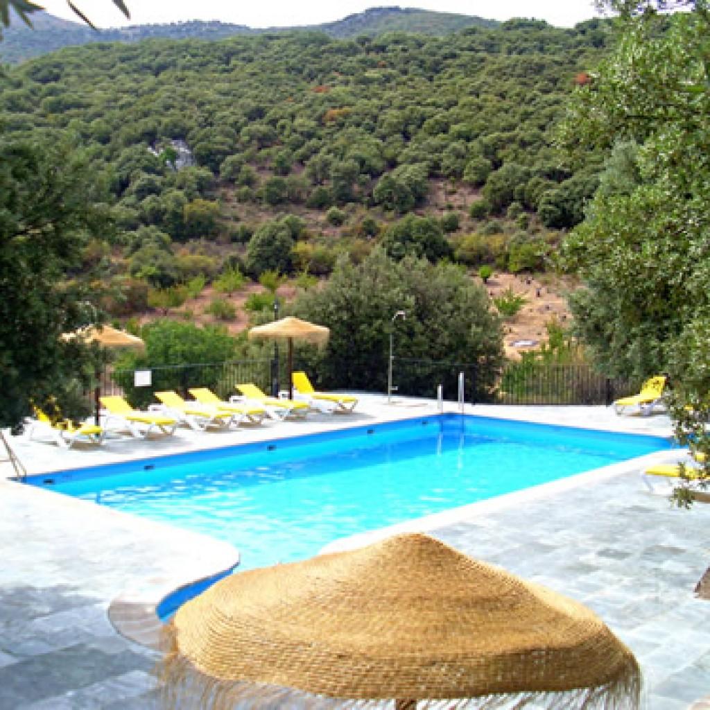 Medidas de piscinas de casas top piscina desmontable for Piletas de fibra precios y medidas